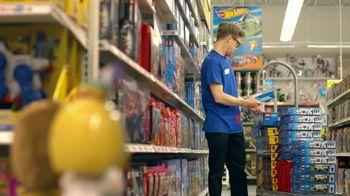 Toys R Us TV Spot, 'Stock Boy: Holiday' - Thumbnail 7