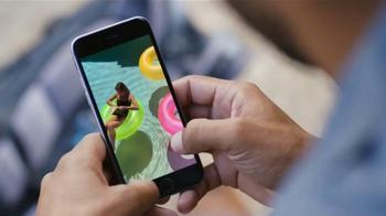 Apple iPhone 6s TV Spot, 'La cámara' con Stephen Curry [Spanish] - Thumbnail 6