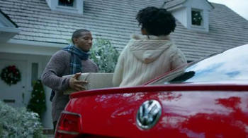 Volkswagen Sign Then Drive Event TV Spot, 'Gifts for the Family' - Thumbnail 2