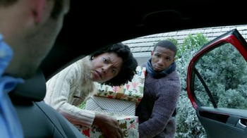 Volkswagen Sign Then Drive Event TV Spot, 'Gifts for the Family' - Thumbnail 6