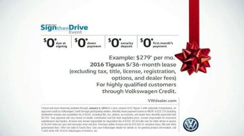 Volkswagen Sign Then Drive Event TV Spot, 'Christmas Tree Farm' - Thumbnail 7