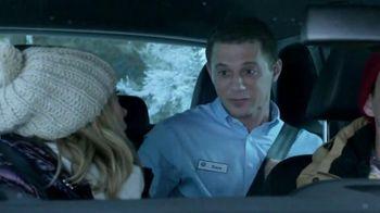 Volkswagen Sign Then Drive Event TV Spot, 'Christmas Tree Farm' - Thumbnail 5