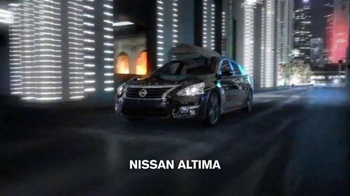 Nissan Holiday Event TV Spot, 'It's Back' Song by AC/DC - Thumbnail 2