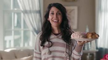 USPS TV Spot, 'Pan dulce' [Spanish] - Thumbnail 1