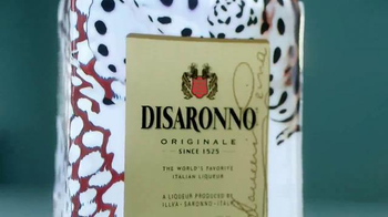 Disaronno Roberto Cavalli Limited Edition TV Spot, 'Disaronno Wears Cavalli - Thumbnail 2
