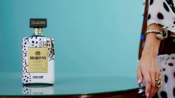 Disaronno Roberto Cavalli Limited Edition TV Spot, 'Disaronno Wears Cavalli - Thumbnail 4