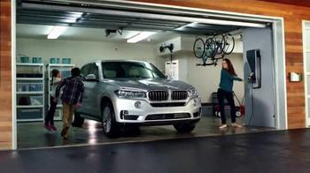 BMW Novemberfest TV Spot, 'All-Electric Driving' - Thumbnail 6