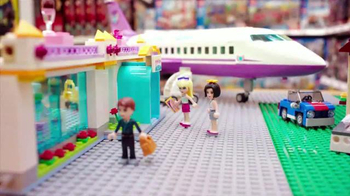 Toys R Us TV Spot, 'Open House: Holiday' - Thumbnail 5