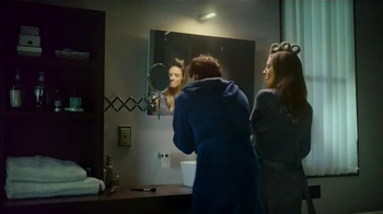 Philips Norelco TV Spot, 'Getting Ready' - Thumbnail 2