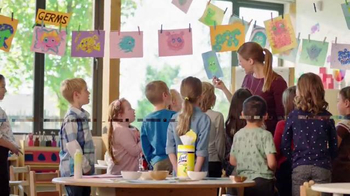 Lysol Wipes TV Spot, 'Arts and Crafts' - Thumbnail 8