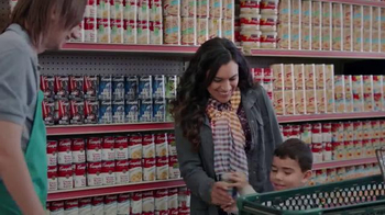 Campbell's Star Wars Soup TV Spot, 'Real Real Life: R2-D2' [Spanish] - Thumbnail 9