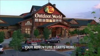 Bass Pro Shops Trophy Deals TV Spot, 'Buck Lure and Ladder Stand' - Thumbnail 7