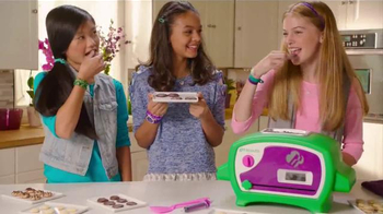 Girl Scouts Cookie Oven TV Spot, 'Thin Mint Cookies' - Thumbnail 7