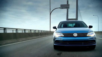 Volkswagen Evento Sign Then Drive TV Spot, 'Tememporada festiva' [Spanish] - Thumbnail 1