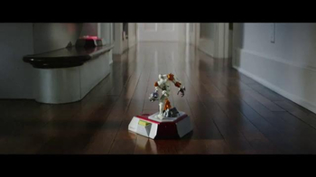 Playmation Marvel Avengers TV Spot, 'Armor Up' - Thumbnail 4