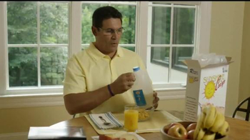 USAA TV Spot, 'Coach Ron Rivera Takes Risks: Bad Date' - Thumbnail 3