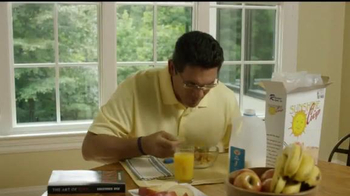 USAA TV Spot, 'Coach Ron Rivera Takes Risks: Bad Date' - Thumbnail 6