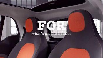 2016 smart fortwo TV Spot, 'Inside/Outside' - 282 commercial airings