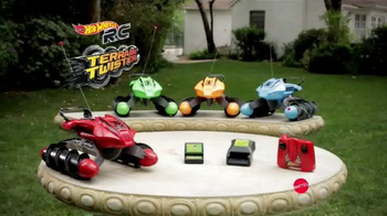 Hot Wheels RC Terrain Twister TV Spot, 'Dirt to Land' - Thumbnail 8