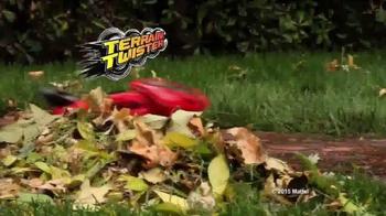 Hot Wheels RC Terrain Twister TV Spot, 'Dirt to Land' - Thumbnail 3