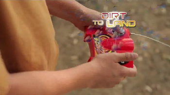 Hot Wheels RC Terrain Twister TV Spot, 'Dirt to Land' - Thumbnail 4