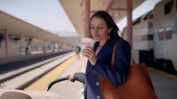 Dunkin' Donuts TV Spot, 'Tu Café, Tu Dunkin'' [Spanish] - Thumbnail 6