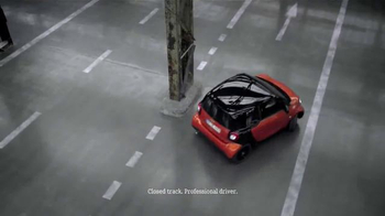 2016 Smart Fortwo TV Spot, 'For' - Thumbnail 6