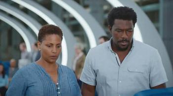 Capital One Venture TV Spot, 'Airline Seat Surprise' Feat. Jennifer Garner - Thumbnail 4