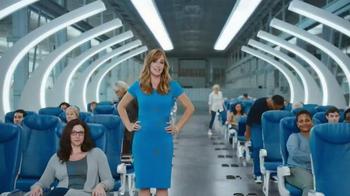 Capital One Venture TV Spot, 'Airline Seat Surprise' Feat. Jennifer Garner - Thumbnail 8