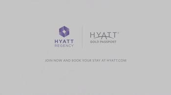 Hyatt Regency TV Spot, 'Free to Enjoy Life on the Road' Ft Iliza Shlesinger - Thumbnail 9