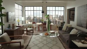 GEICO TV Spot, 'Small New York Apartment' - Thumbnail 1