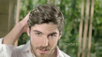 Tío Nacho TV Spot, 'Abejas' con Jessica Cediel [Spanish] - Thumbnail 6
