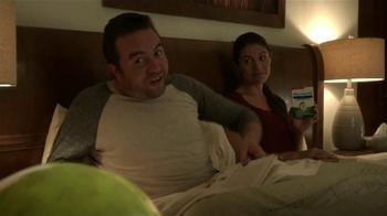 Mucinex DM TV Spot, 'Tos de noche' [Spanish] - Thumbnail 5