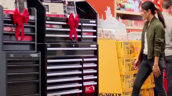 The Home Depot Black Friday Savings TV Spot, 'Herramientas' [Spanish] - Thumbnail 2