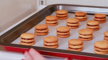 Nilla Wafers TV Spot, 'Nilla Holiday Cake Bites' - Thumbnail 5