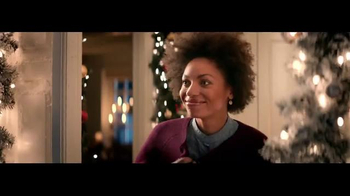 7UP and Canada Dry TV Spot, 'Carolers' - Thumbnail 1