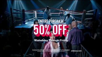 Old Navy TV Spot, 'Fight Night: 50 Percent Off' Featuring Amy Schumer - Thumbnail 6