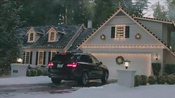 2017 BMW X3 xDrive28i TV Spot, '2016 Holidays: The Road Home' - Thumbnail 5