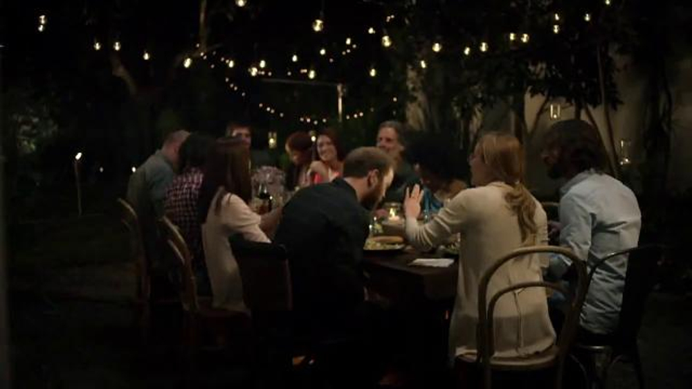 Olive Garden Catering Delivery TV Commercial, 'Come Together for the Holidays'