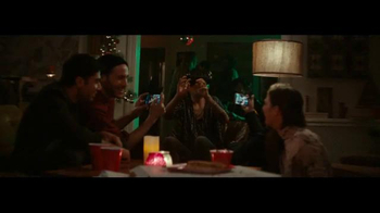 Samsung Gear VR TV Spot, 'Unwrap the Feels' Song by Shakey Graves - Thumbnail 5