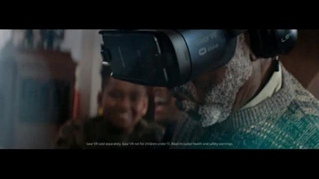 Samsung Gear VR TV Spot, 'Unwrap the Feels' Song by Shakey Graves - Thumbnail 6