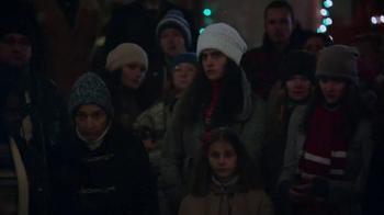 Apple TV Spot, 'Frankie's Holiday' Featuring Brad Garrett - Thumbnail 7
