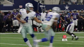 Microsoft Surface TV Spot, 'NFL Sidelines: Ravens vs. Cowboys' - Thumbnail 4