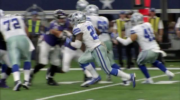 Microsoft Surface TV Spot, 'NFL Sidelines: Ravens vs. Cowboys' - Thumbnail 6
