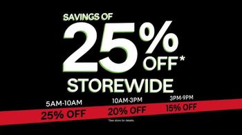 Ashley HomeStore Black Friday Sale TV Spot, 'Beat the Clock' - Thumbnail 6