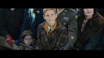 Macy's Thanksgiving Day Parade TV Spot, 'Old Friends' - Thumbnail 3