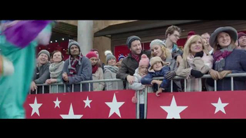 Macy's Thanksgiving Day Parade TV Spot, 'Old Friends' - Thumbnail 5