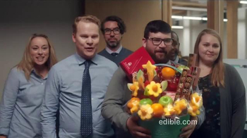 Edible Arrangements TV Spot, 'Gift Basket'
