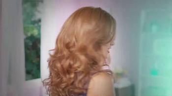 LuxHair TV Spot, 'Get Your Wig On' Featuring Sherri Shepherd - Thumbnail 5