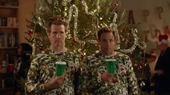 Amazon Prime TV Spot, 'Holiday Disguise' Featuring Seth Meyers - Thumbnail 5